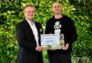 Umweltpreisträger spendet 250.000 EUR für Wiederaufforstung von Torfmoorregenwald an BOS Deutschland e. V.