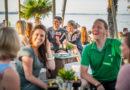 Familienfeiern am Strand: Sonne, Sand und Meer