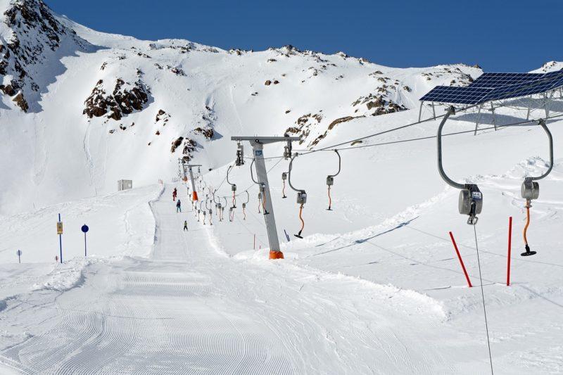 Kind am Skilift schwer verletzt