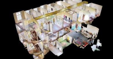 Hugenottenhaus als begehbare Kunstinstallation