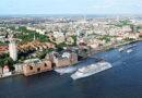 MS EUROPA 2 bezieht Landstrom am Cruise Center Altona in Hamburg