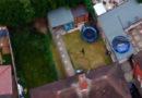 Einbrecher auf der Flucht: Drohne filmt verrückte Verfolgungsjagd durch Gärten