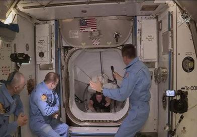 Erfolgreich angedockt: Erster bemannter SpaceX-Flug zur ISS geglückt