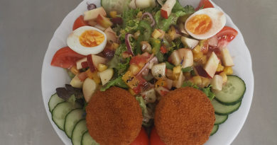 Jeder kann kochen, man braucht nur Mut: Fruchtiger Sommersalat